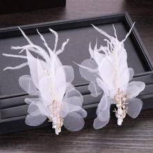 Las mujeres al por mayor de la fiesta de cumpleaños de niña de novia boda blanco de seda de pluma simulado perlas tocados horquillas con Clips