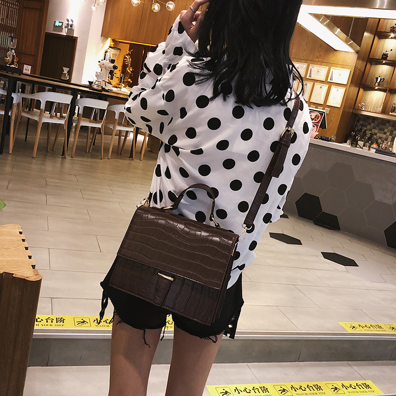 Image 4 - Fashion Brand Women Shoulder Bag Luxury 2019 Designer Small Crossbody Bags PU Leather Purses And Handbags Travel Messenger Bag-in Shoulder Bags from Luggage & Bags