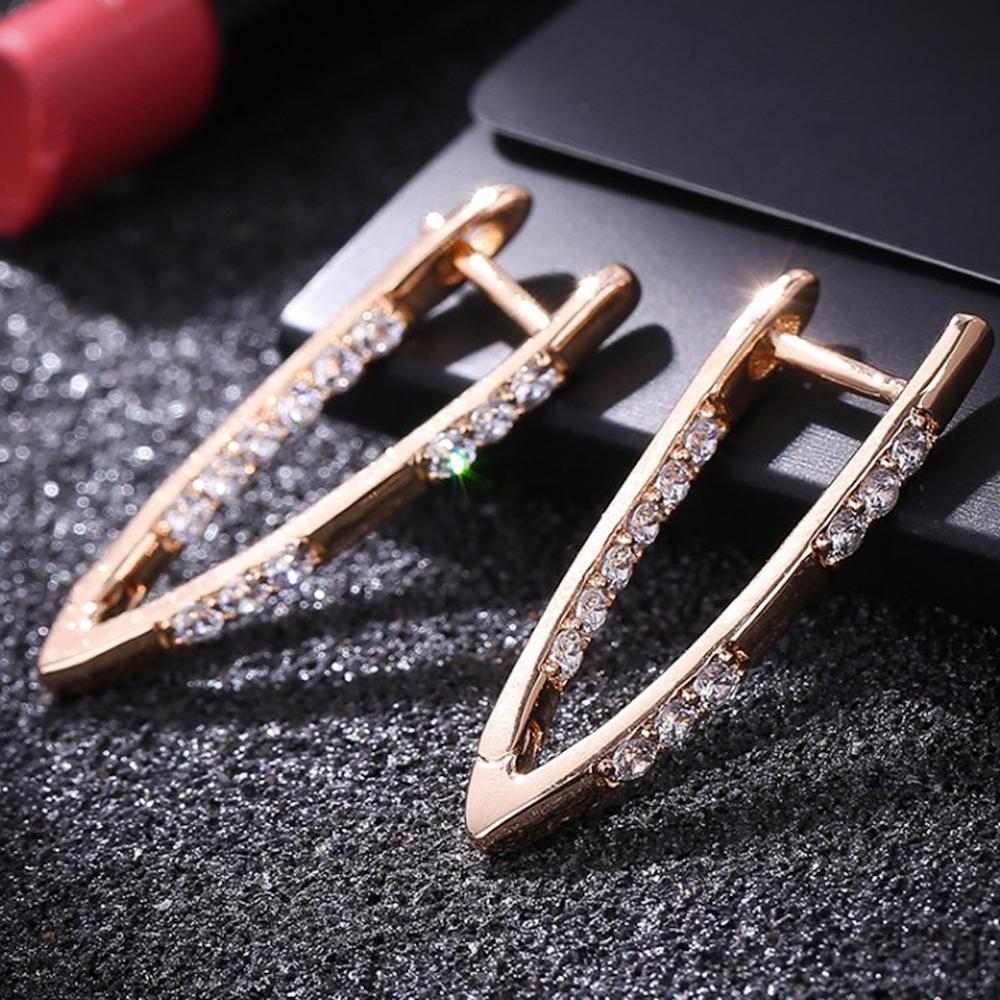 Fashion Gift 2020 Minimalist Stud Earrings Fashion Jewelry Zircon Earrings V Shape Crystal For Women Accessories