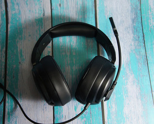 Image 3 - Gaming Headset 7.1 Sound Over ear Headphone Earphone USB with Microphone Bass Stereo Computer Gamer Brand  NUBWO N12