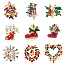 New Year Fashion Christmas Boots Brooch Santa Claus Shoes Carriage Rhinestone Brooch Jewelry for Christmas Color Brooch rhinestones christmas hat brooch