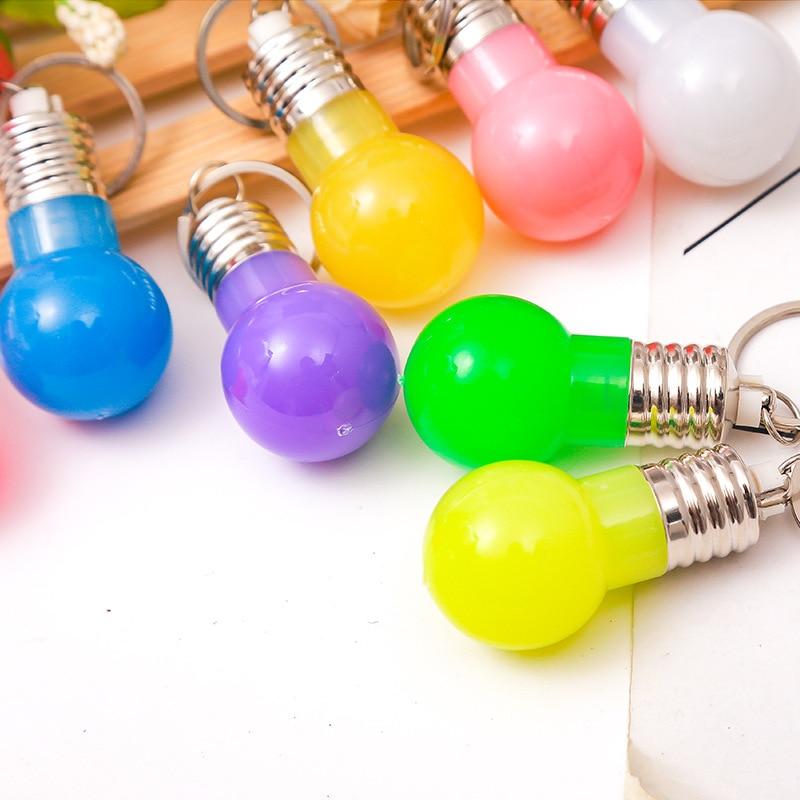 Creative LED Flashlight Light Bulb Lamp Key Chain Ring Keychain Lamp Torch Keyring Random Color Night Luminous Keychain TSLM2
