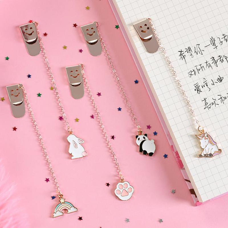 1 Pcs Cute Unicorn Panda Dog Rabbit Star Pendant Metal Bookmarks Stationery School Office Book Marker Page Clip Student Gift