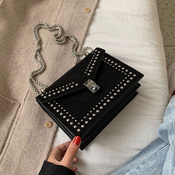 цены Shoulder Bag Rivet Crossbody Bags Women Fashion Ladies Pu Leather Flap Bag Female Handbag Red Chain Cross Body Bags