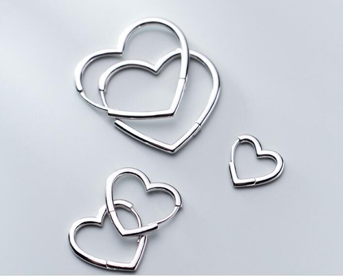 Real. 925 Sterling Silver Glossy Love heart shape Earrings Huggie hoop jewelry GTLE2830
