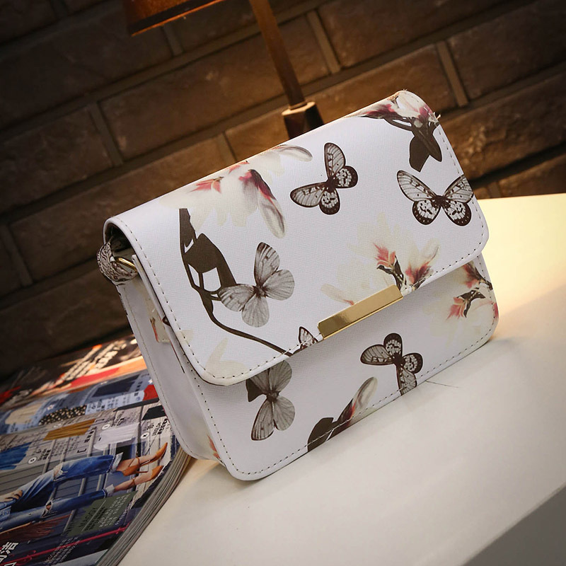 Women Floral Leather Shoulder Bag Satchel Handbag Retro Messenger Bag Famous Designer Clutch Shoulder Bags Bolsa Bag Black White