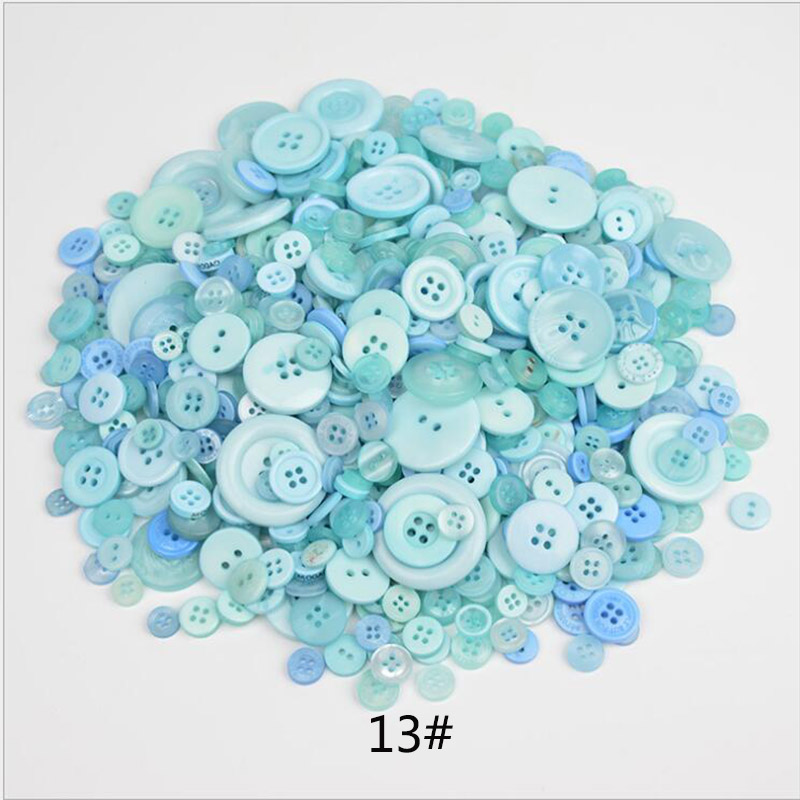 200pcs Round 2-holes Fit sewing or Scrapbooking craft Flowers Resin buttons 12mm
