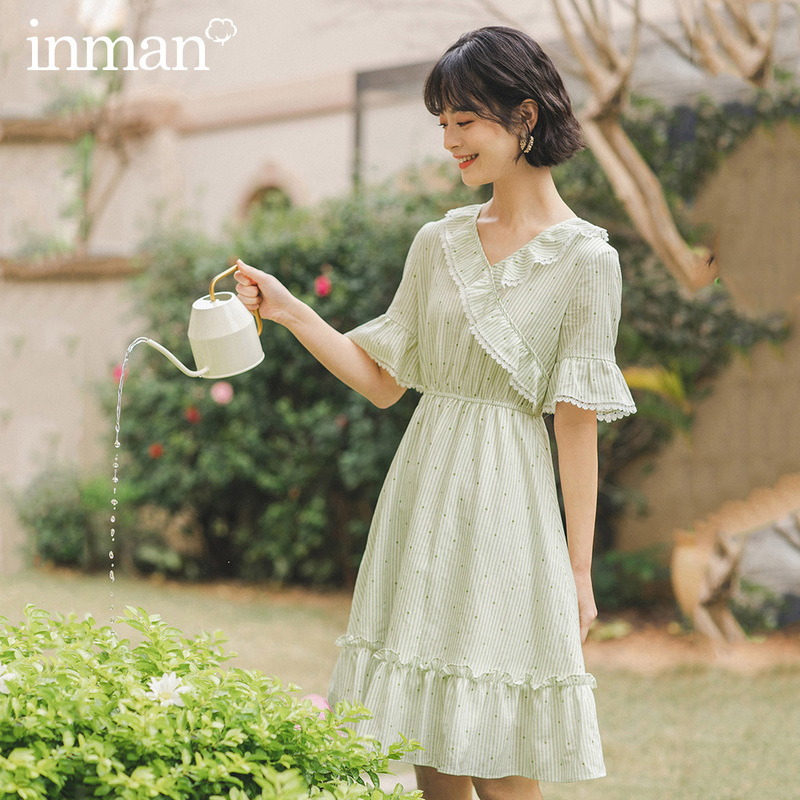 INMAN 2020 Summer New Arriavl V-neck Splicing Falbala Wave Point Nipped Waist Retro Dress
