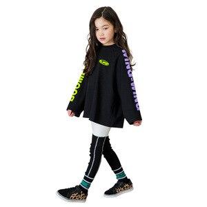 Image 3 - Ragazzi di Autunno della molla Delle Ragazze di Sport Set Femminile Bambini Casual T Shirt Bambini del Vestito Hip Hop Lettera Maniche Adolescenti Tute CA854