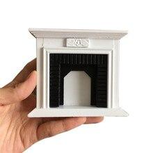 Casa de muñecas accesorios y muebles 1:12 Mini chimenea miniatura muebles habitación muñeca de madera Vintage negro blanco chimenea Y115