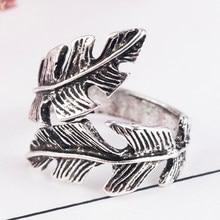 Bague Antique en alliage de plumes pour hommes et femmes, bijoux de Style Vintage, accessoires de bijoux, cadeau de mariage, de fête et de danse