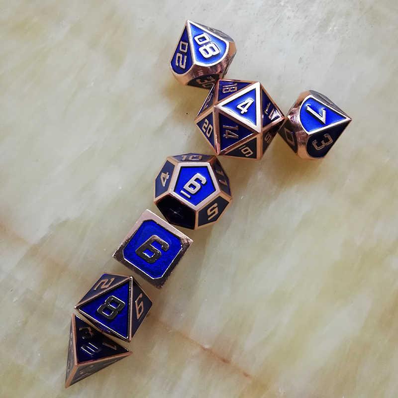 Rpg ลูกเต๋า polyhedral ชุดโลหะ dnd dungeons d20 10 8 12 และมังกรตารางเกมสังกะสีโลหะผสมสีฟ้า dices ดิจิตอลรูปแบบ