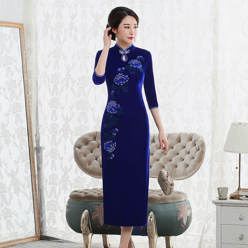 2019 Hot Sale New Winter Velvet Cheongsam Seven Long Sleeve Catwalk Restoring Ancient Ways With Improved Female Fashion Dress