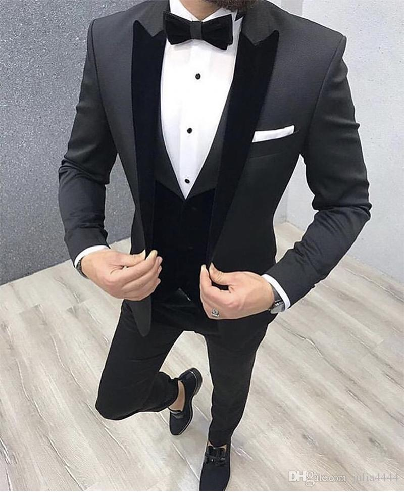 2019 New Arrival Groomsmen Peak Black Velvet Lapel Groom Tuxedos Black Men Suits Wedding Best Man Blazer (Jacket+Pants+Vest)