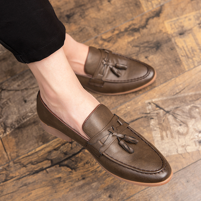 Hb8d1953850574939b62345cd5163ca56z Summer Outdoor light soft Leather Men Shoes Loafers Slip On Comfortable Moccasins Flats Casual Boat Driving shoes size 38-47
