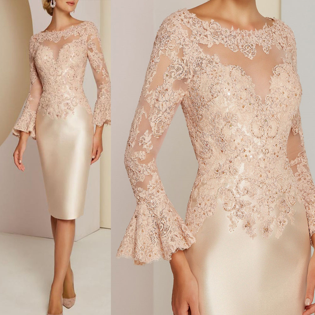 Delicate Gorgeous Short Champagne Lace Long Sleeve Mother of the Bride Dresses Bateau Neck Beads Wedding Guest Gowns Knee Length