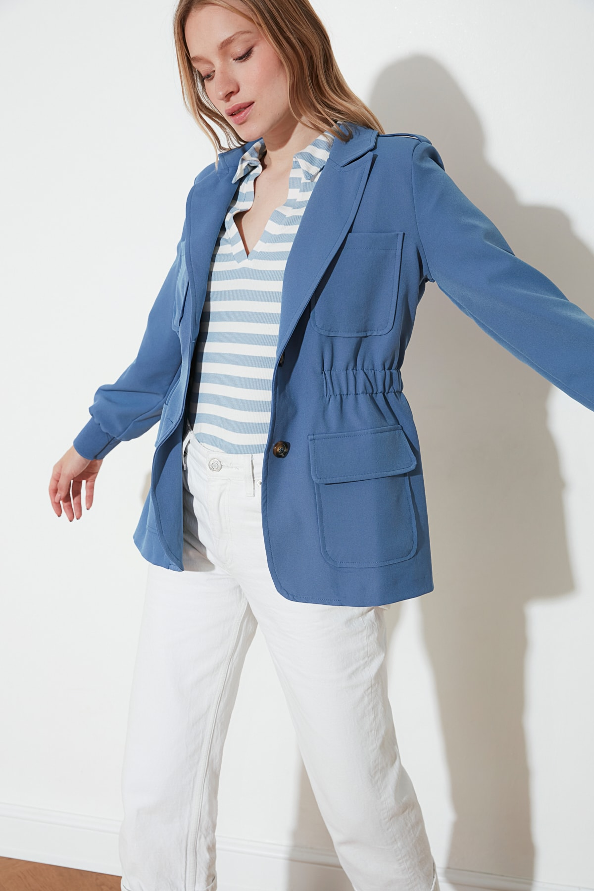 Trendyol Jacket With Pocket TWOSS21CE0074