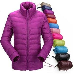 Image 1 - 겨울 여성 울트라 라이트 다운 재킷 % 95 화이트 오리 후드 자켓 긴 소매 따뜻한 코트 파카 여성 솔리드 휴대용 아웃웨어