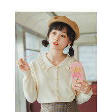 INMAN 2020 Spring New Arrival Solid Literary Elegant Lace Turn Down Collar Loose Knitted Women Cardigan
