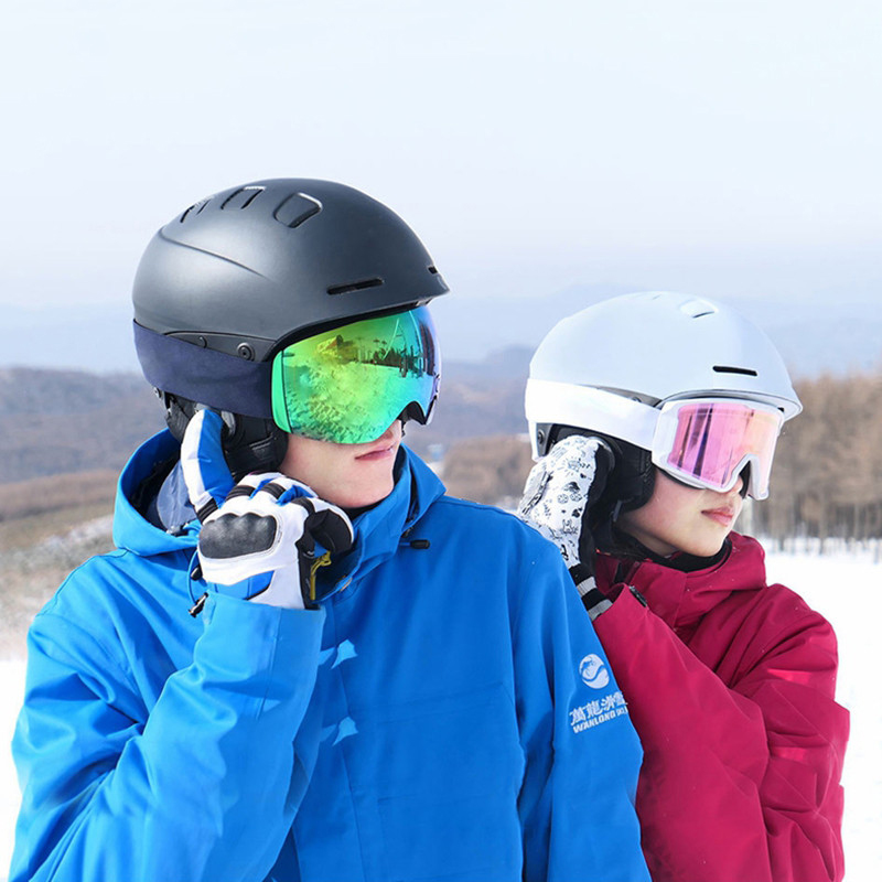Smart4u Wireless Bluetooth Helmet Women Men Windproof Ski Helmet Built in Microphone Cycling Helmet Safety Riding Equipment