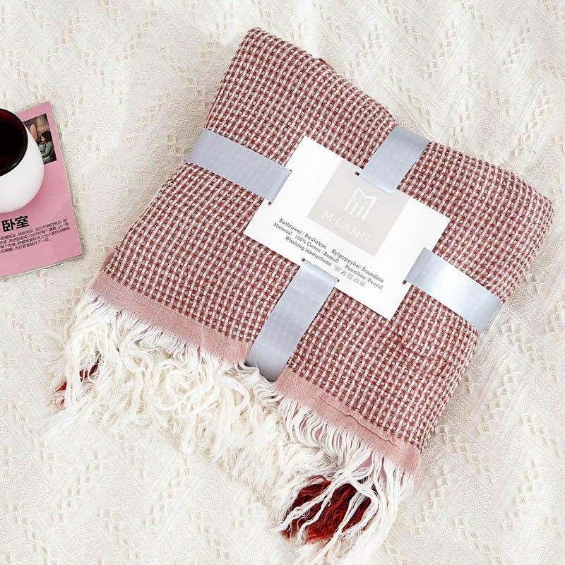 Хлопковое муслиновое летнее одеяло для кровати, дивана, дышащего стиля, мягкое одеяло для пикника, путешествий - Цвет: red