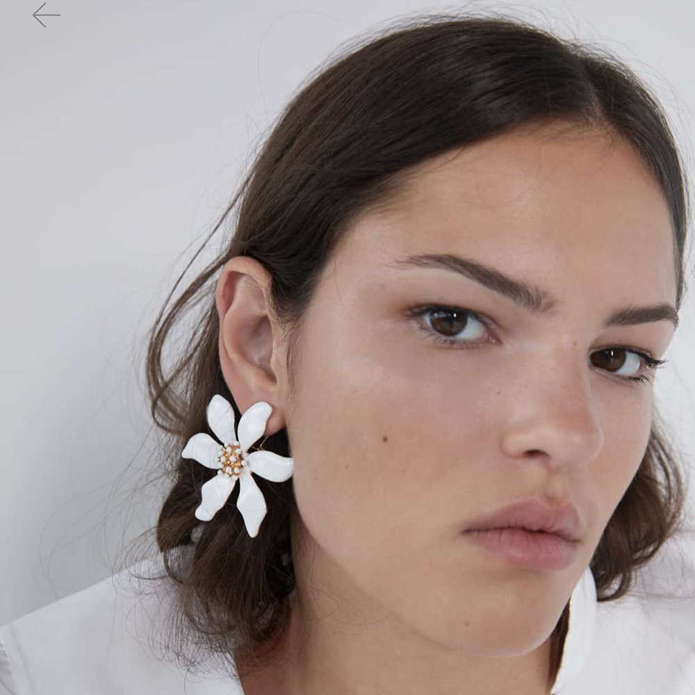 Elegant White Flowers Leaf Asymmetrical Earrings Women Statement ZA Earrings Jewelry Femme Boho Ethnic Big Long Hanging Earrings
