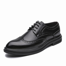 Autumn Men Dress Shoes Handmade Brogue Style Paty Leather Wedding Shoes Men Flats Leather Oxfords Formal Shoes