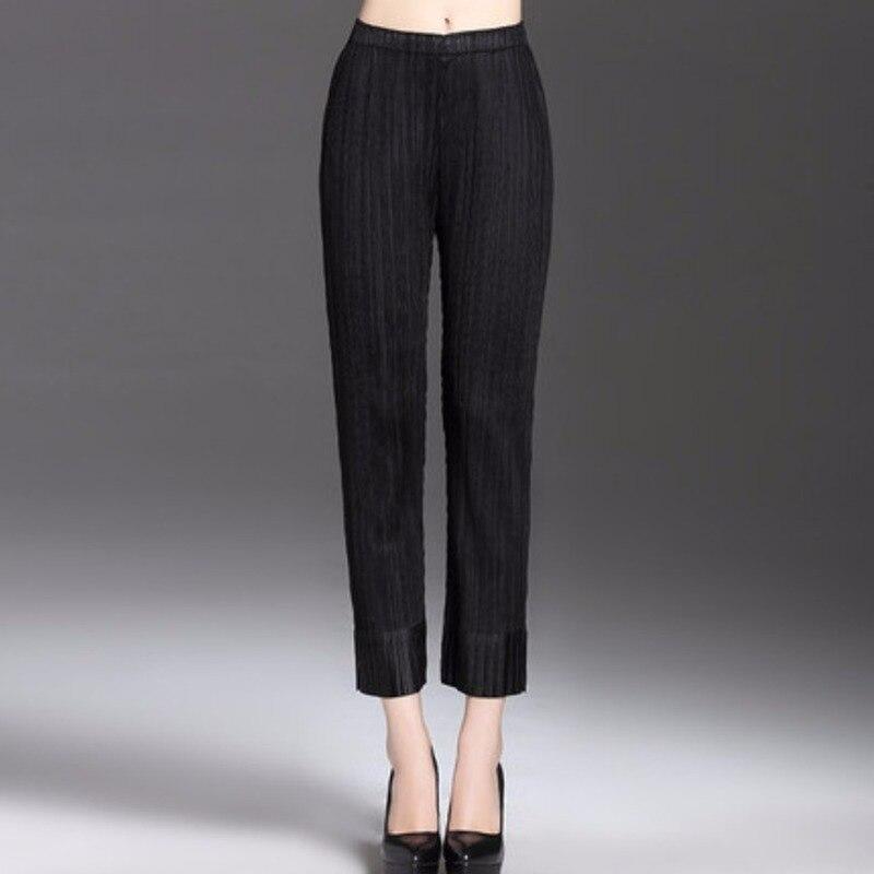 2020 женские плиссированные штаны Маленькие ноги Стрейчевые узкие леггинсы большого размера узкие брюки Miyak женская одежда складки брюки для...