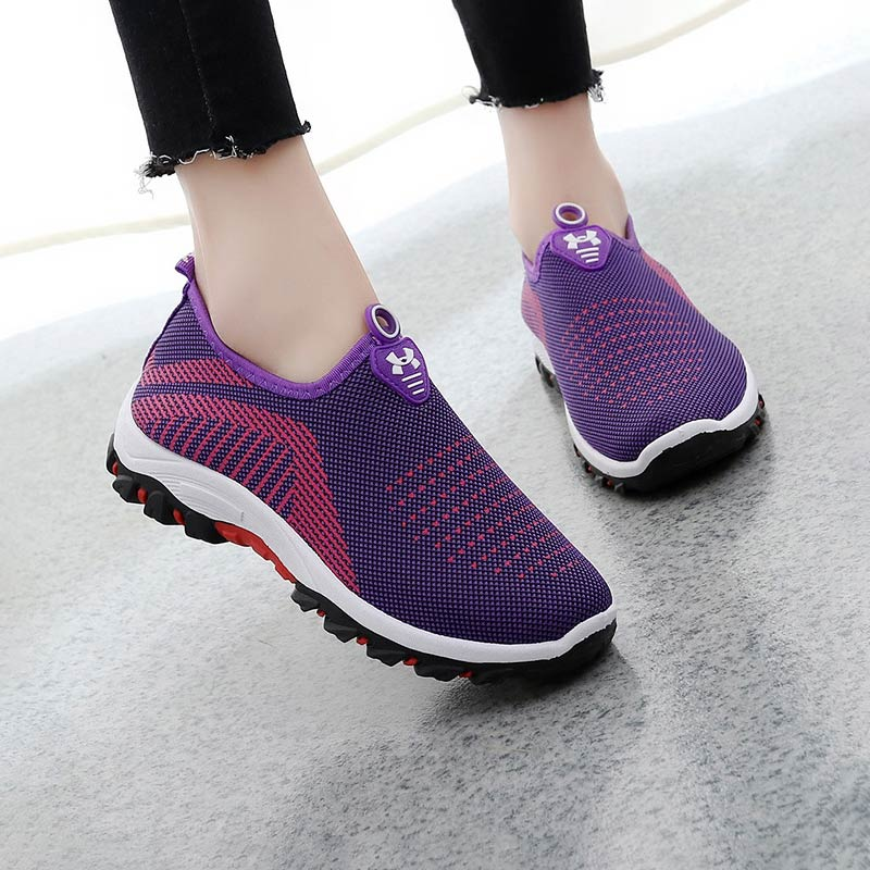 Summer Slip-on Women Sneakers Mother Ladies Shoes 2019 Fashion Tenis Feminino Breathable Mesh Sneakers Women Casual Shoes Woman