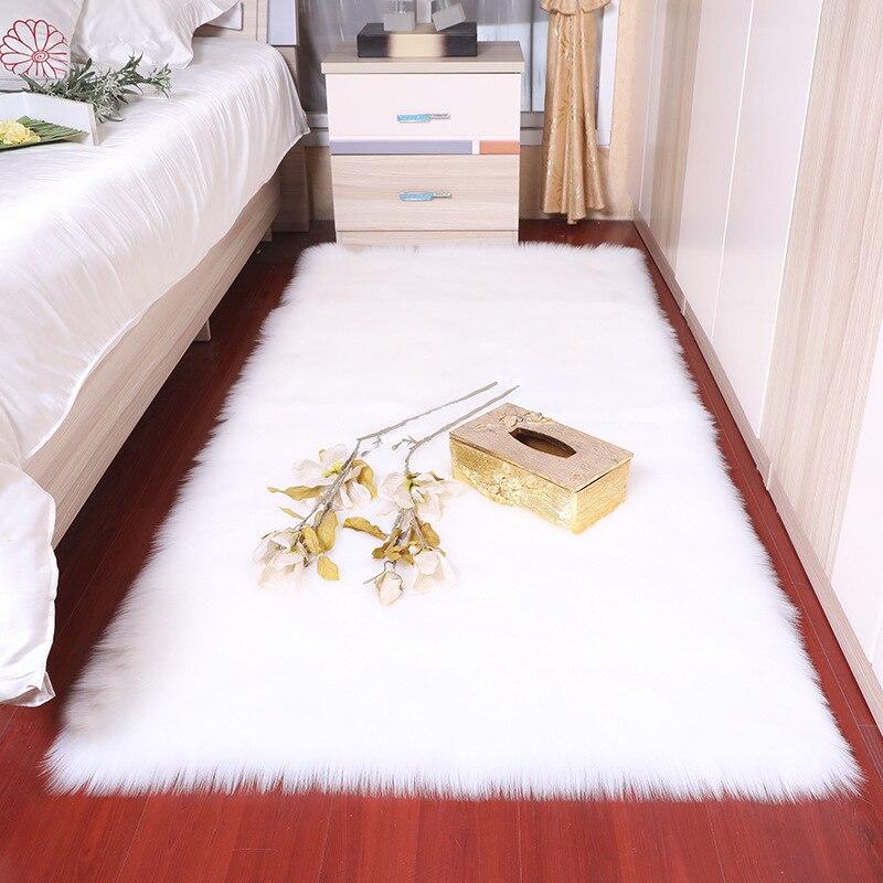 חדר שינה שטיח רך פלאפי כבש פרווה שטיחים באזור נורדי אדום מרכז סלון שטיח רצפת חדר שינה לבן פו פרווה המיטה שטיח