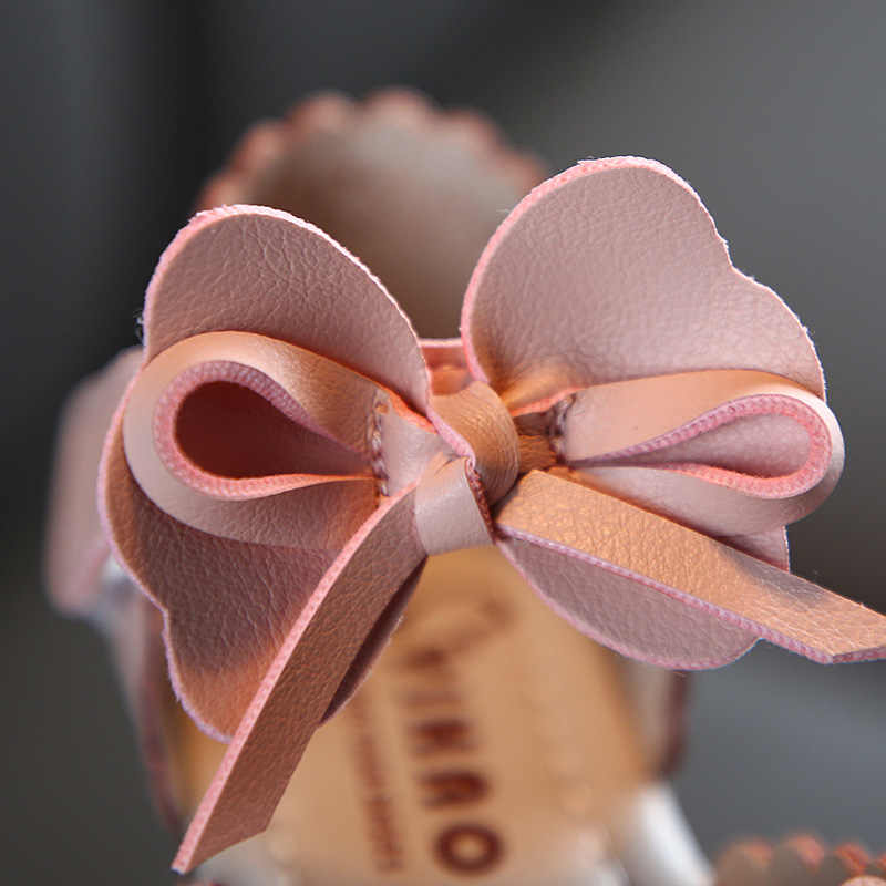 Mùa Xuân Năm 2020 Mùa Hè Nữ Mới Bít Mũi Giày Xăng Đan Thoáng Khí Rỗng-Out Chúa Mùa Hè Thời Trang Giày Trẻ Em Nơ d02231