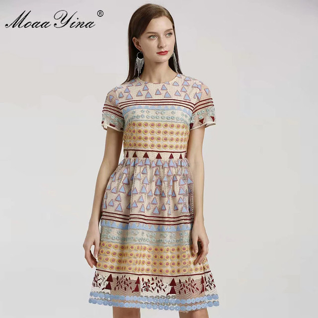 MoaaYina moda tasarımcısı elbise İlkbahar yaz kadın elbise kısa kollu örgü üçgen nokta nakış Vintage zarif elbiseler