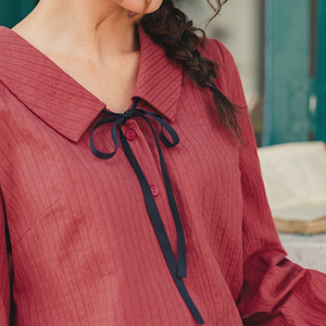 Image 4 - INMAN 2020 Autumn New Arrival Literary Style Cotton  Bow Tie Turn Down Collar Single Buttons Women Elegant Blouse