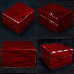 Image 3 - 4Pcs עץ שעון תיבת תצוגת מקרה אוסף, Vintage סגנון תכשיטי אחסון ארגונית לנשים גברים אדום