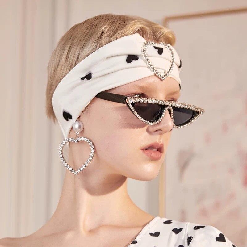 Женские Винтажные Солнцезащитные очки кошачий глаз, черные роскошные солнцезащитные очки в стиле ретро, стразы, UV400, 2019