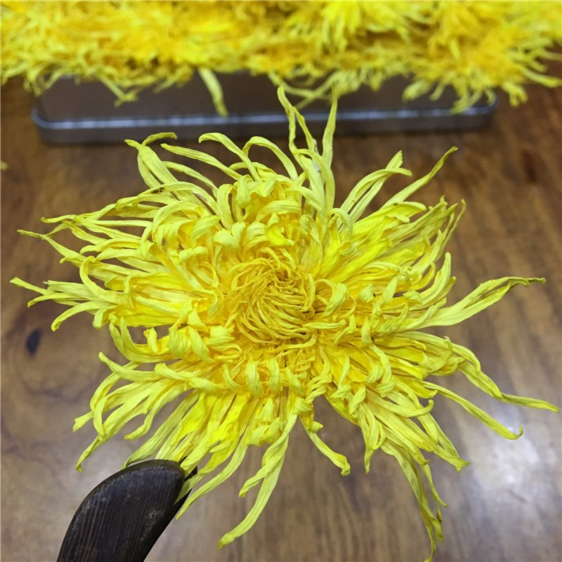 2020 7A Gold Wire Chrysanthemum Tea Fresh Natural Organic Flower Tea Green Food For Weight Loss Health Care Kung Fu Tea 2
