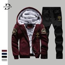 Kış erkek setleri Hoodies sıcak kalın polar rahat eşofman erkek spor kapşonlu ceket + pantolon 2 adet setleri baskılı eşofman erkek