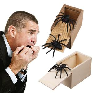 Prank Toy Surprise Box Animal Spider Wooden Box Practical Fun Joke Mischievous Toy Gift Scared Whole Screaming Toy(China)