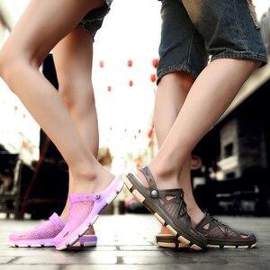 Image 2 - 2020 nouveau couple sandales trou chaussures unisexe pantoufles trou jardin chaussures Crocse Adulto Cholas Hombre sandales