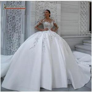 Image 1 - Zarif saten düğün elbisesi kabarık balo elbisesi desenleri