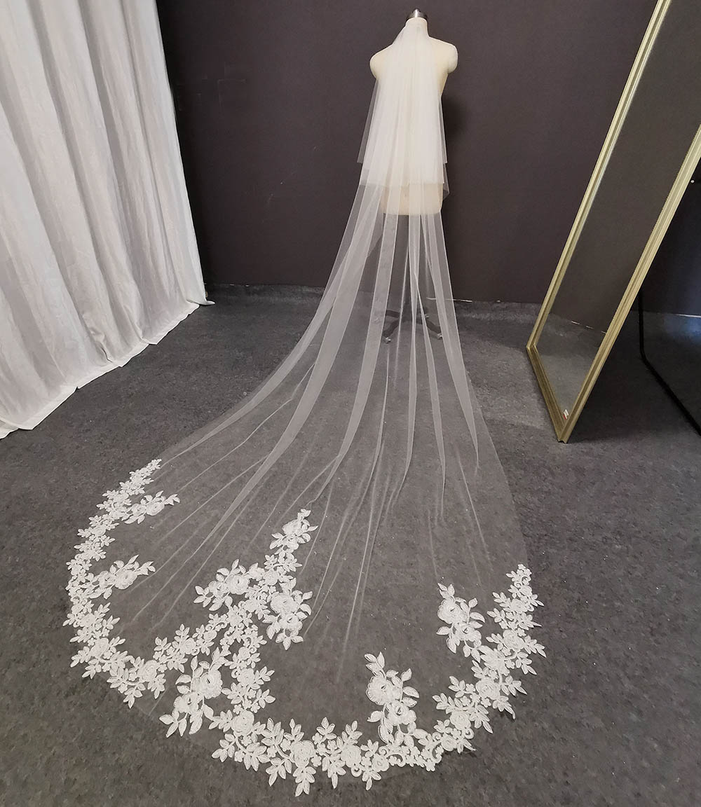Real Photos 2 Tiers Long Lace Wedding Veil with Blusher 3 M White Ivory Soft Tulle Bridal Veil Wedding Accessories