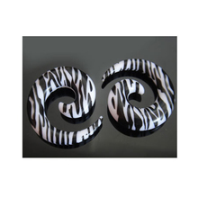 2Pcs Acrylic zebra pattern snail ear expansion anti-allergic ear profile ear piercing jewelry 2pcs set acrylic piercing jewelry women ear stud awl ear expansion device auricle random color