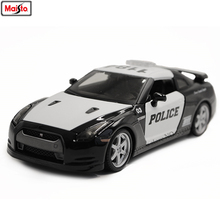 Maisto 1:24 Nissan GTR police car alloy authorized car model crafts decoration toy tools Collecting gifts maisto 1 24 2009 gtr35 white car diecast for nissan police open car doors car model motorcar diecast for men collecting 32512