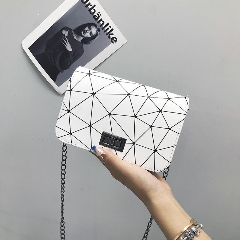 Women Fashionable Shoulder Bags 2019 New Korean Version Of The Messenger Bag Handbag Chain Wild Crack Printing Wild Shoulder Bag