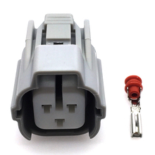 все цены на 1 Set Sumitomo 3 Pins Female Auto Car Connector Automotive Plug Camshaft Sensor Socket For Toyota онлайн