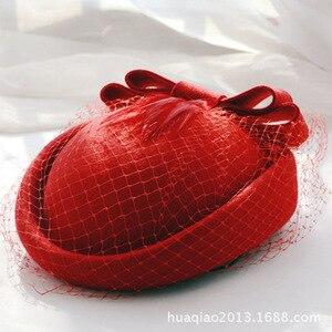 Image 1 - 100% lã fascinator inverno elegante feminino pillbox chapéu preto feltro vermelho senhoras boina casamento chapéus bowknot kentucky derby fedoras