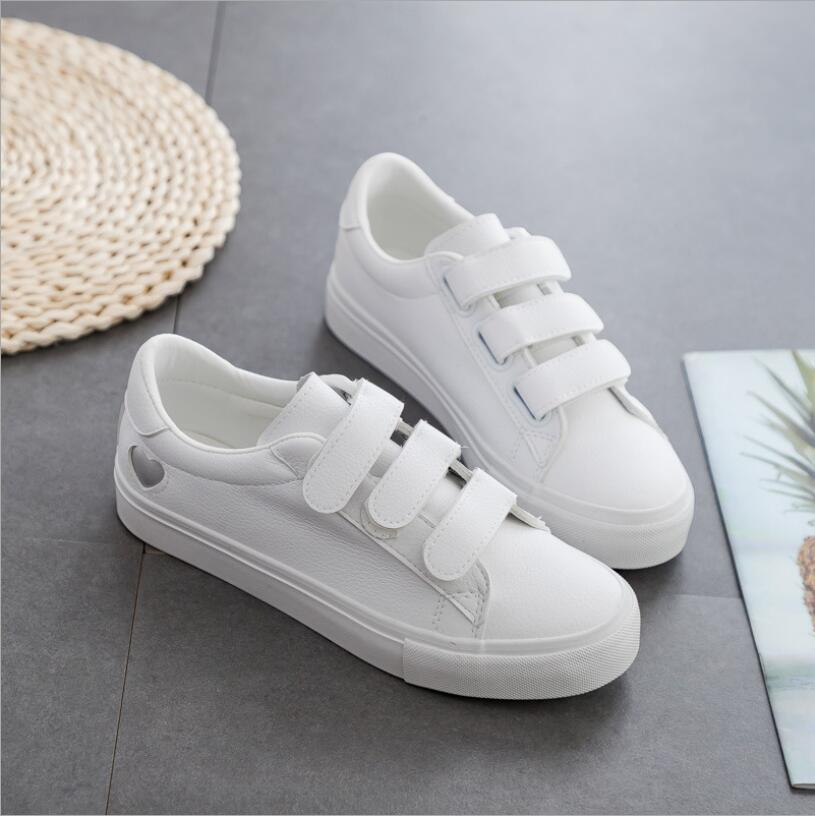 JX734 2019 Autumn Woman Shoes Fashion New Woman PU Leather Shoes Ladies Breathable Cute Heart Flats Casual Shoes White Sneakers