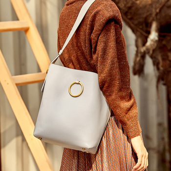 ZROM Shoulder Bag Genuine Leather New Women's Shoulder Bag Litchi Bucket Bag Lady Shoulder Bag Fashion Tote Large Capacity Bag