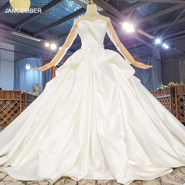 HTL1817 Simple White Sequined Beading Satin Wedding Dress 2020 Sweetheart Long Sleeve Ball Gowns 1