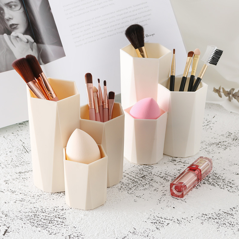 Acrylic Brush Holder Desk Organizer Lipstick Organizer Round 3 Compartments Storage Can Cosmetic Brushes Makeup Cup Holders